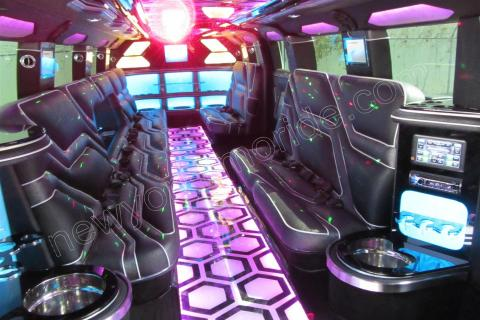 HUMMER JET LIMOUSINE IN NEW YORK & Hummer H2 Limousine Jet Doors (20 Passenger) | New York Limo Ride