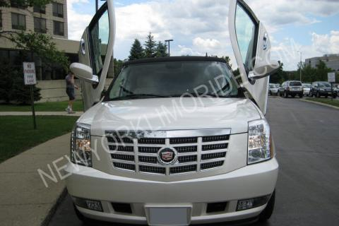 Cadillac Escalade limousine in NYC